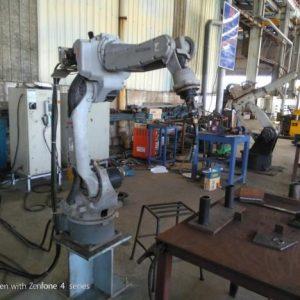 Công ty Vingal trang bị robot hàn cho xưởng cơ khí