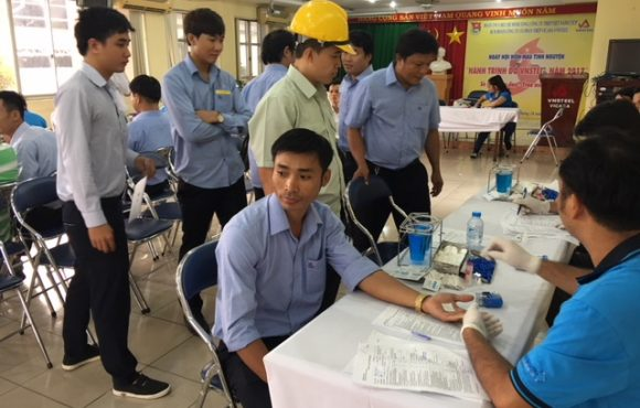 Thanh niên Công ty Vingal tham gia hiến máu nhân đạo