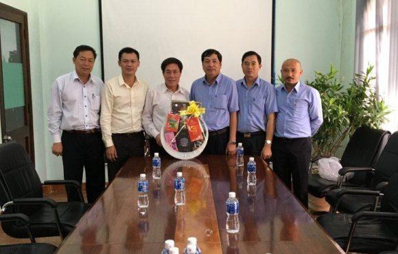 Lãnh đạo Tổng công ty thép Việt Nam đến thăm và chúc Tết công ty Vingal