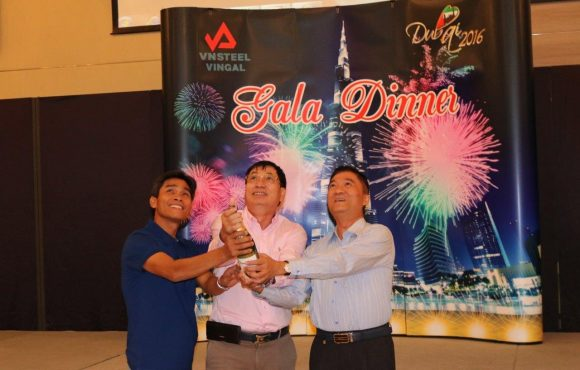 CÔNG TY VINGAL TỔ CHỨC THÀNH CÔNG HỘI NGHỊ KHÁCH HÀNG NĂM 2016 TẠI DUBAI (UAE)